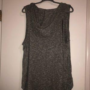 Soft Hi low sleeveless shirt with hood size 3x